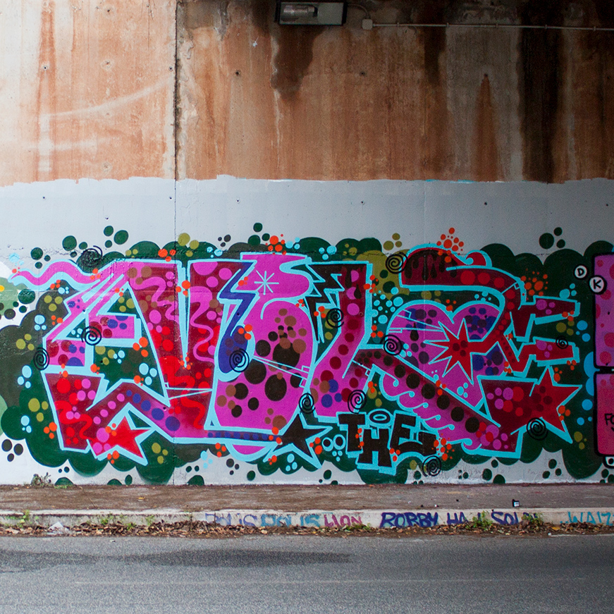 sparkly graffito mr vela roma