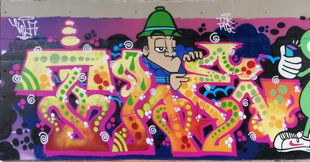 graffito loop roma mr vela