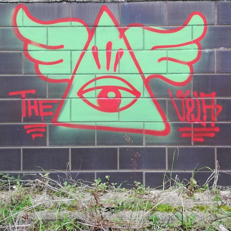 vela flop throw-up eye graffiti